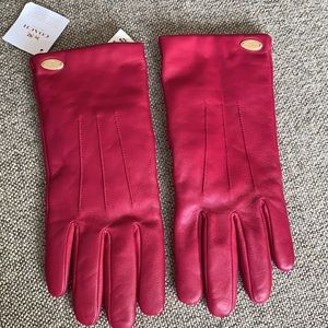 NWT Leather Coach Gloves Cranberry